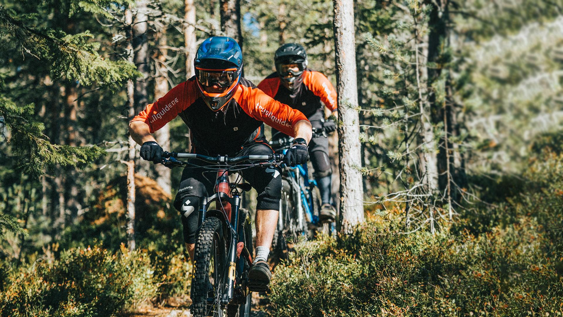 Enduro bike camp